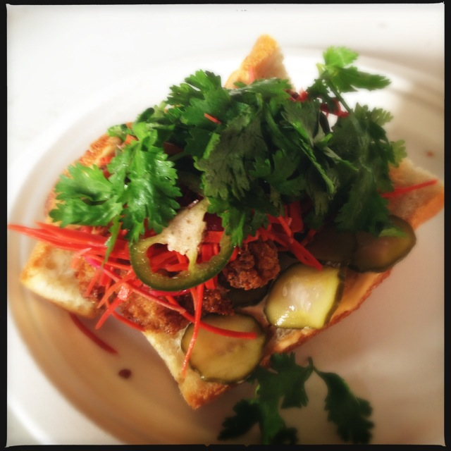 crispy-chicken-banh-mi-sobar-nyc-urbanspace-meatpacking