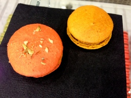 bisous ciao spiced pumpkin macaron