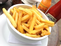 truffle-fries-five-leaves
